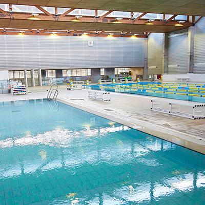 CET10 CEM Maresme Piscina interior